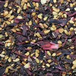 Hagebutten mit 25% Karkadéblüten geschnitten