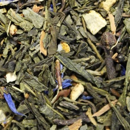 Sencha Christmas Green Tea mit Stückchen und Blüten